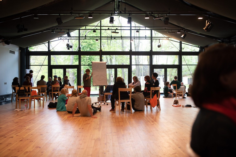 Amatorski ruch teatralny | nowe badanie IT