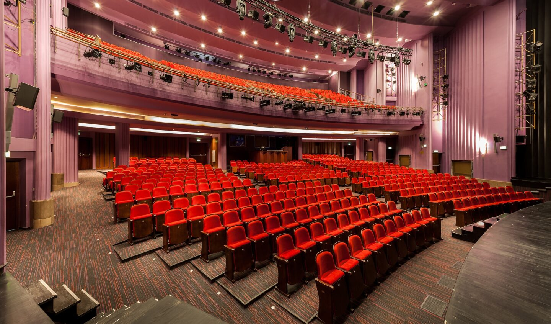 Teatr wczasie pandemii | Badanie krytyków teatru